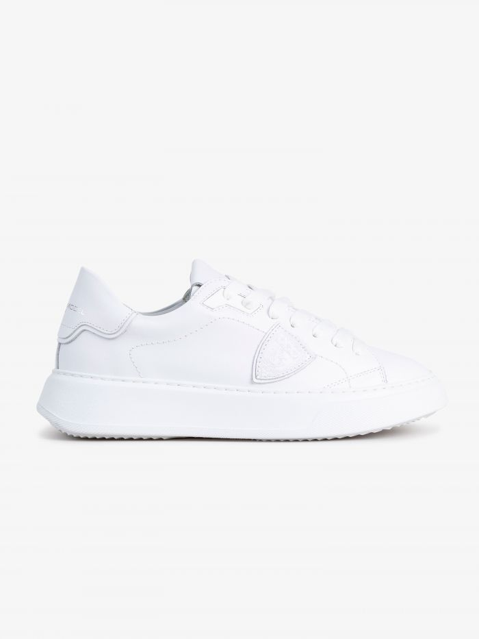 FULLY WHITE